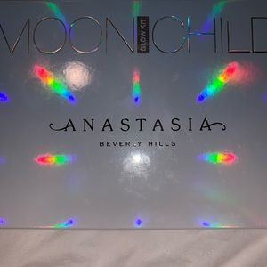 Anastasia Beverly Hills Makeup - Anastasia Beverly Hills Moonchild Glow Kit